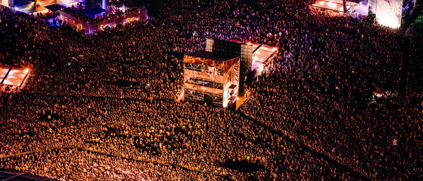 DB_TOP TEASER_2015_Crowd3
